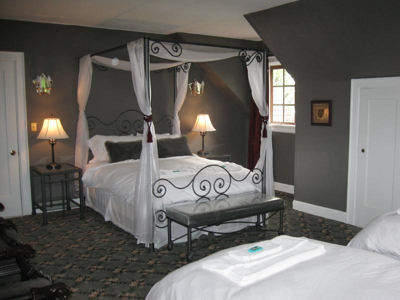 gray color schemes for bedrooms photo - 1