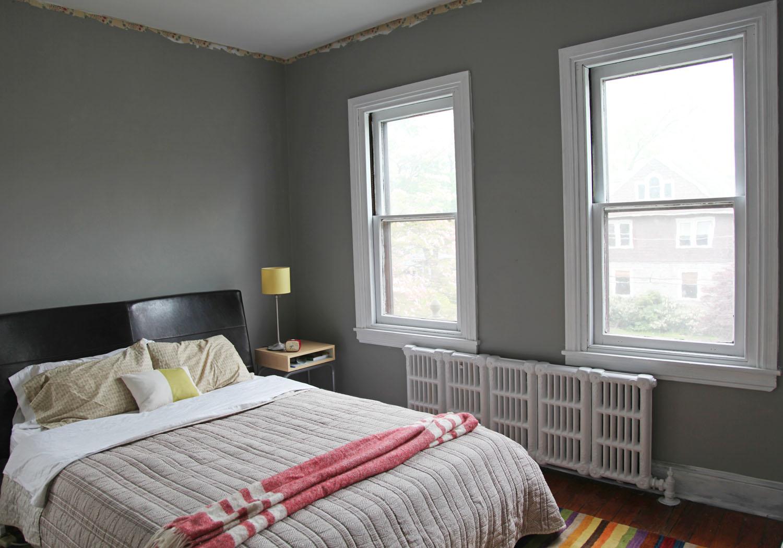 gray wall bedroom photo - 1