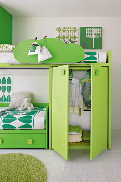 green kids bedroom photo - 1