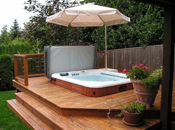 hot tub in backyard photo - 2
