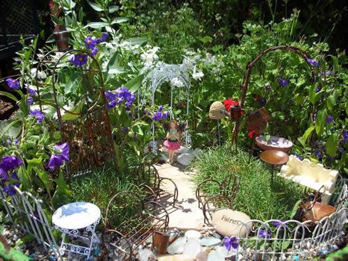 how do you make a fairy garden photo - 1