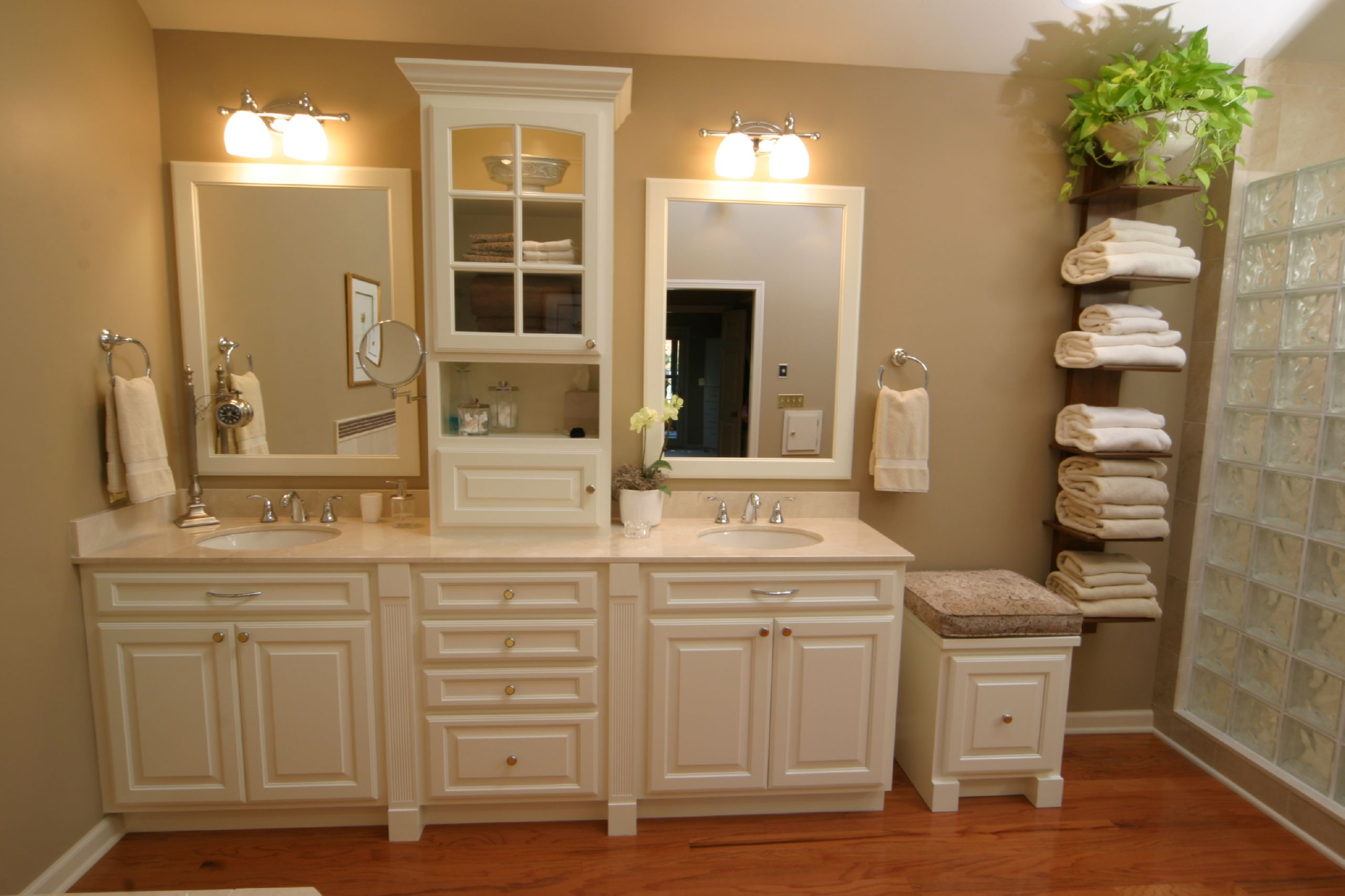 how much to remodel small bathroom photo - 1