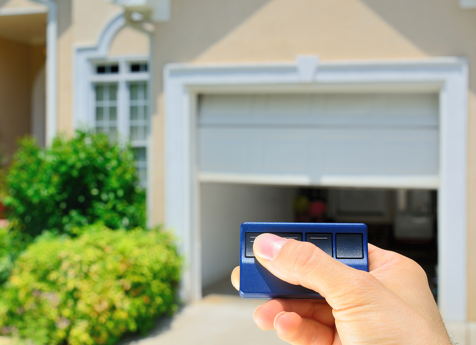 How to choose a garage door & How to choose a garage door - large and beautiful photos. Photo to ...