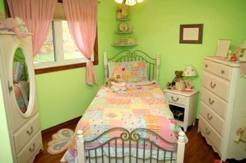 how to decorate a girls bedroom photo - 1