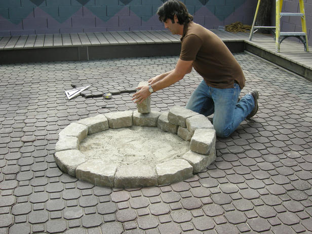 how to make a fire pit in backyard photo - 1