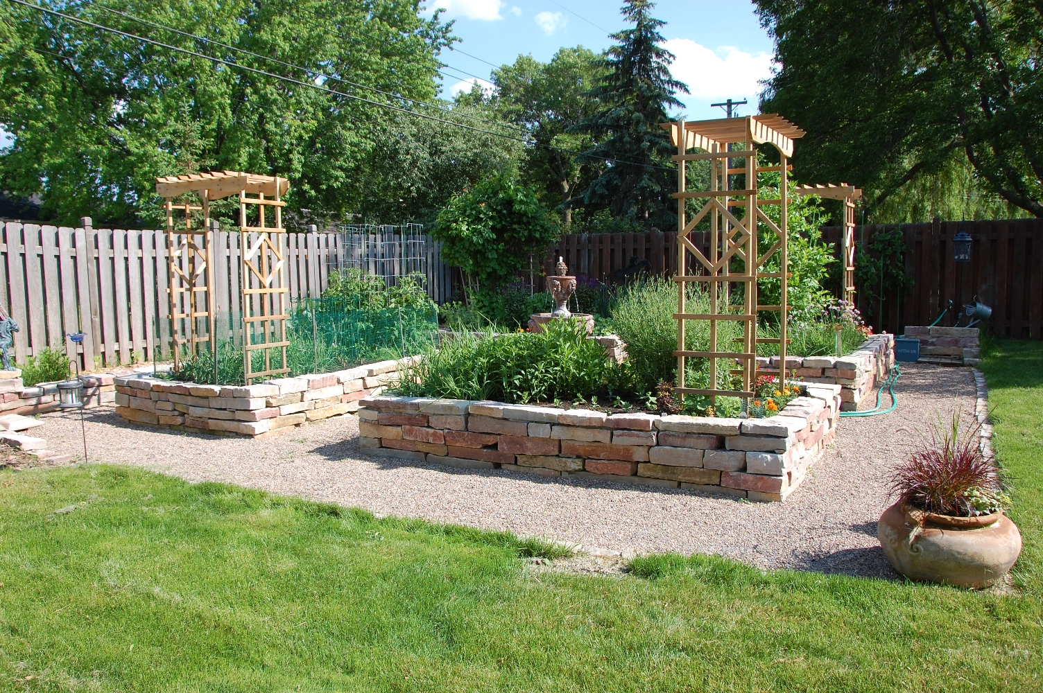 How to make your own raised garden bed large and beautiful