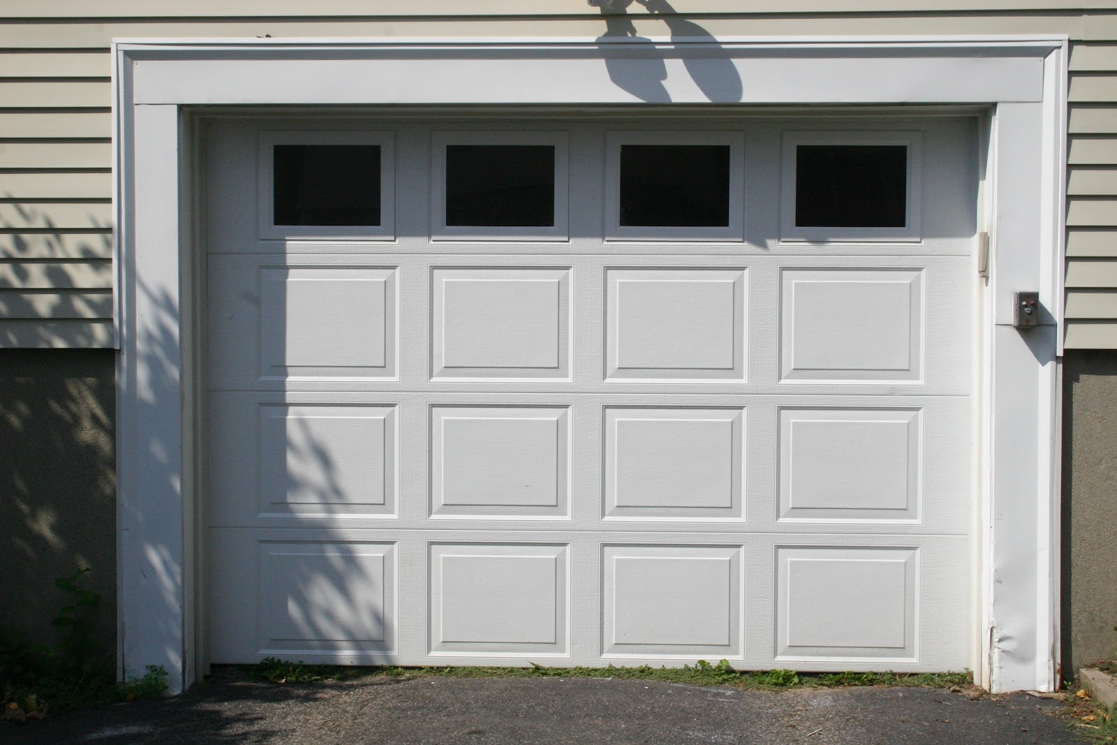 Garage door window covers replacement wageuzi for Door window replacement