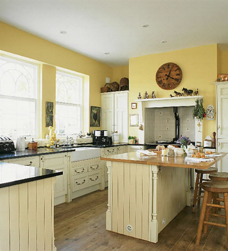 ideas to remodel a small kitchen photo - 2