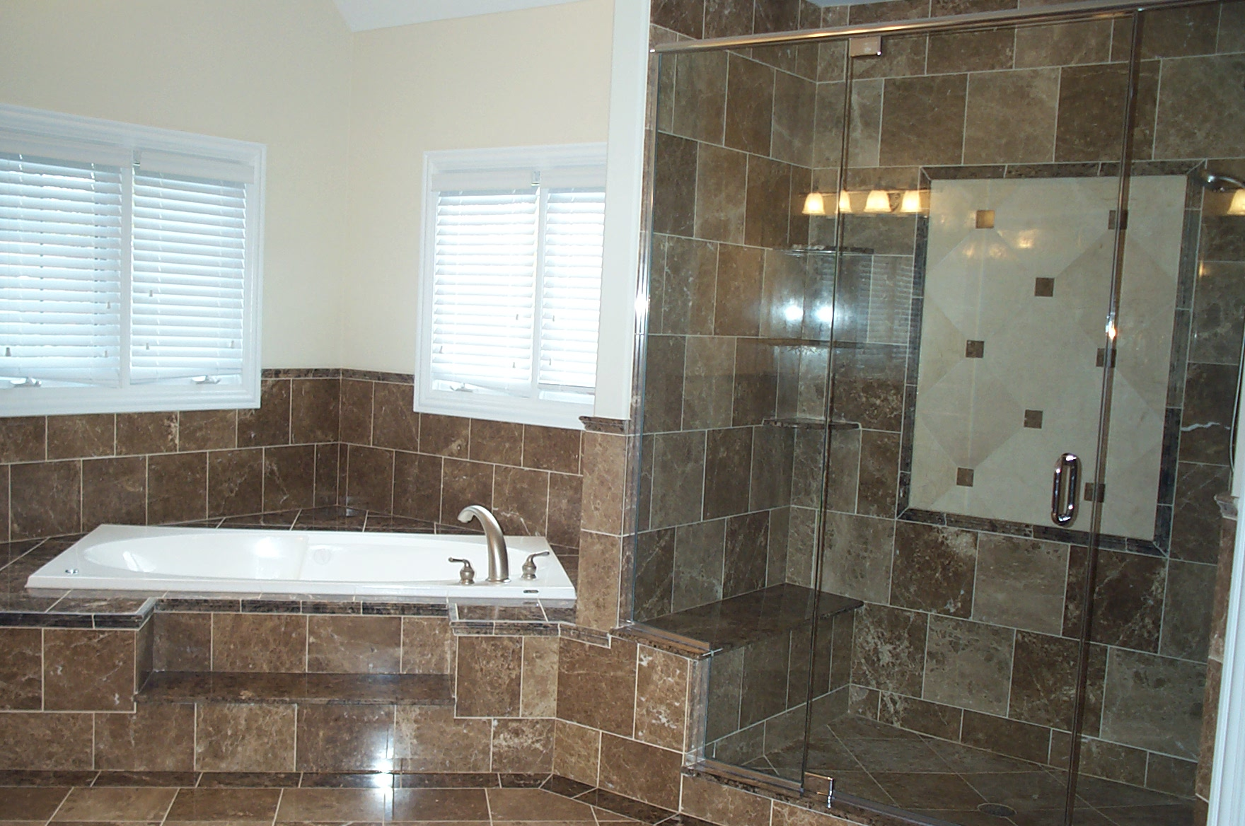 Inexpensive bathroom remodel large and beautiful photos for Redo bathtub