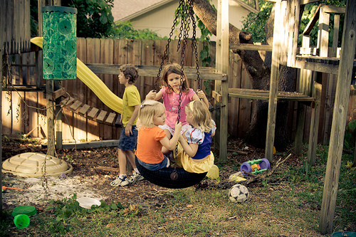 kid friendly backyard ideas on a budget photo - 1