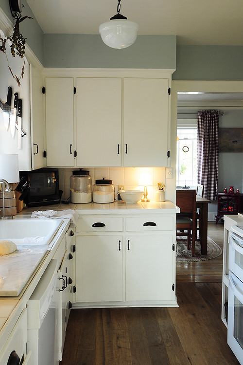 kitchen cabinets small spaces - large and beautiful photos. photo