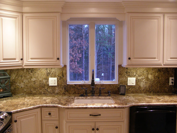 Kitchen ideas on a budget for a small kitchen large and for Small kitchen remodels on a budget