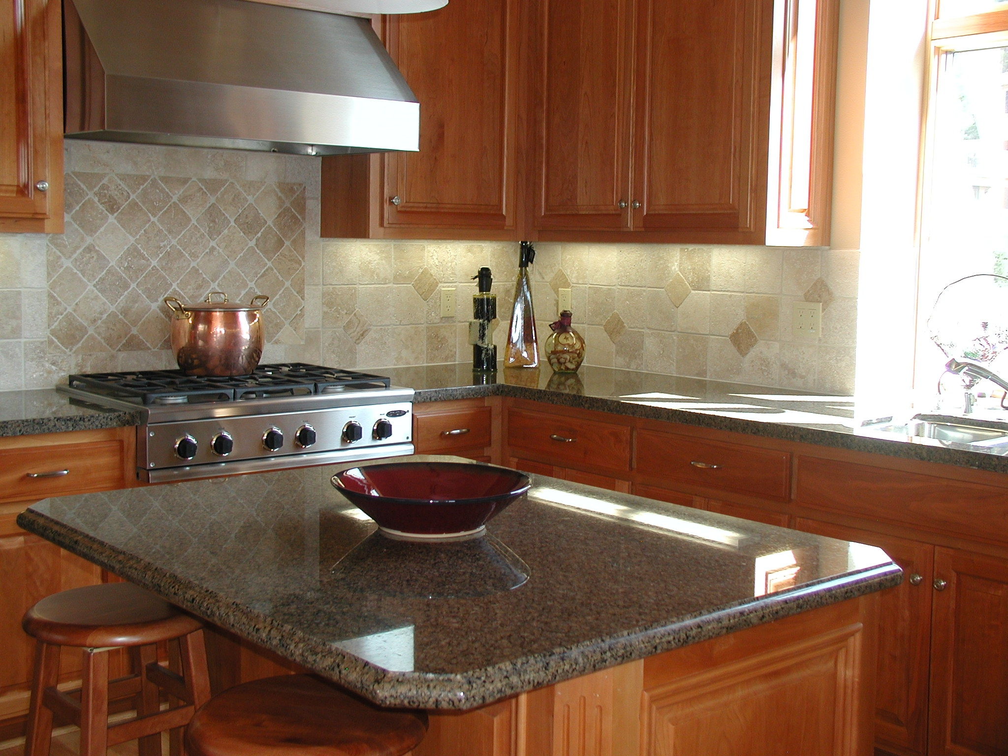 kitchen island for small kitchen photo - 1