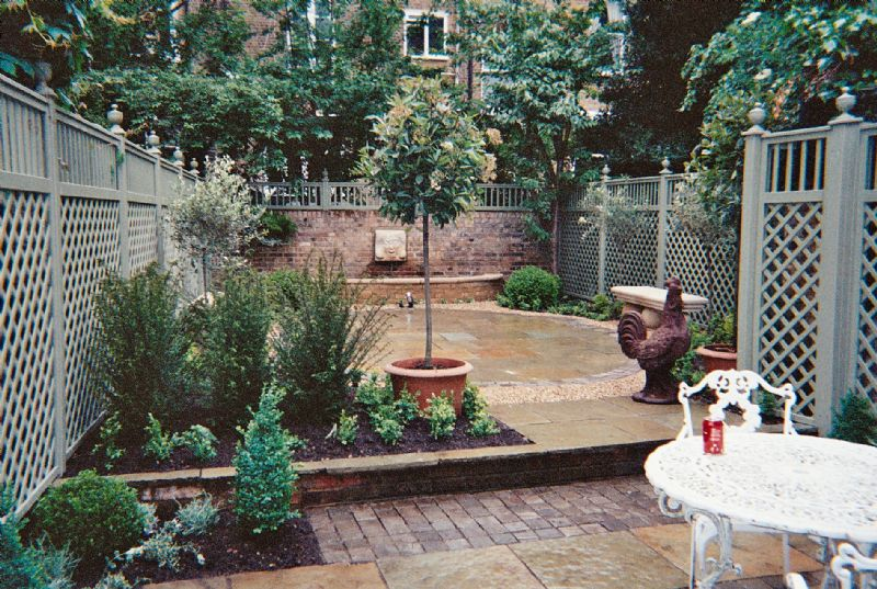 Landscape Ideas For Small Backyards Photo   1