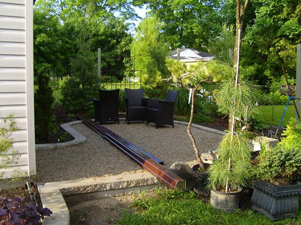 landscape small backyard photo - 2