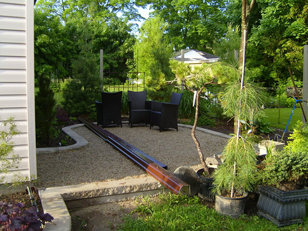 landscaping for small backyards photo - 2