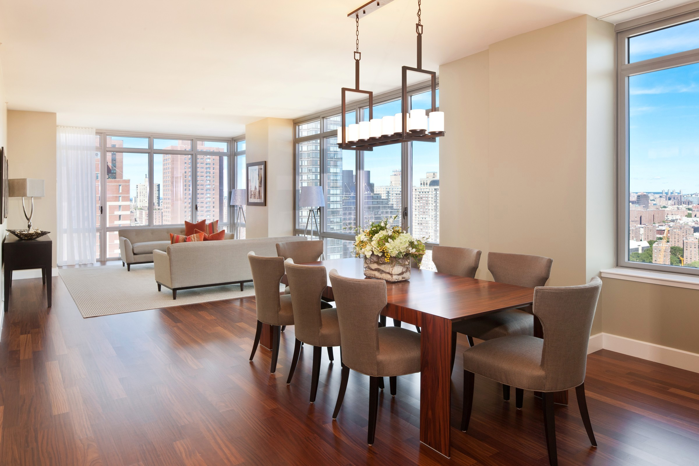modern contemporary dining room chandeliers photo - 1