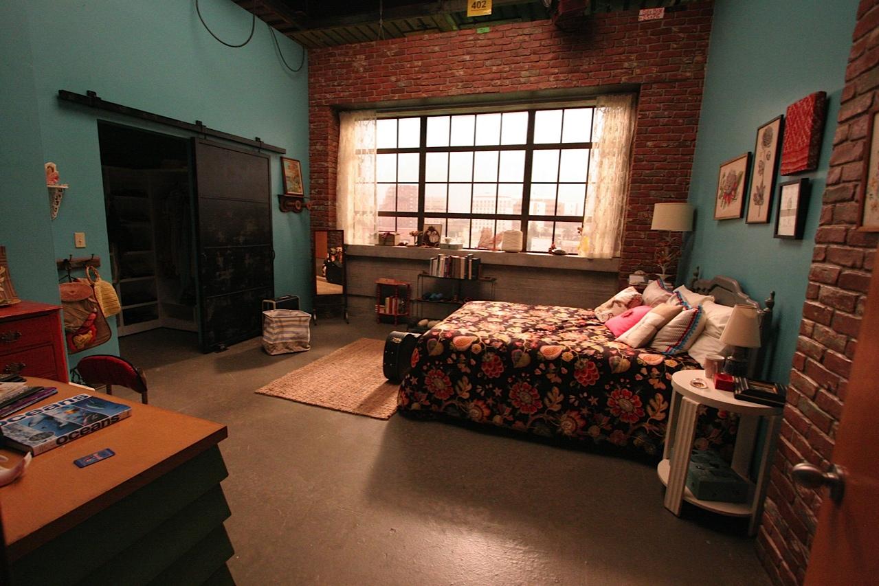 new girl bedroom photo - 1