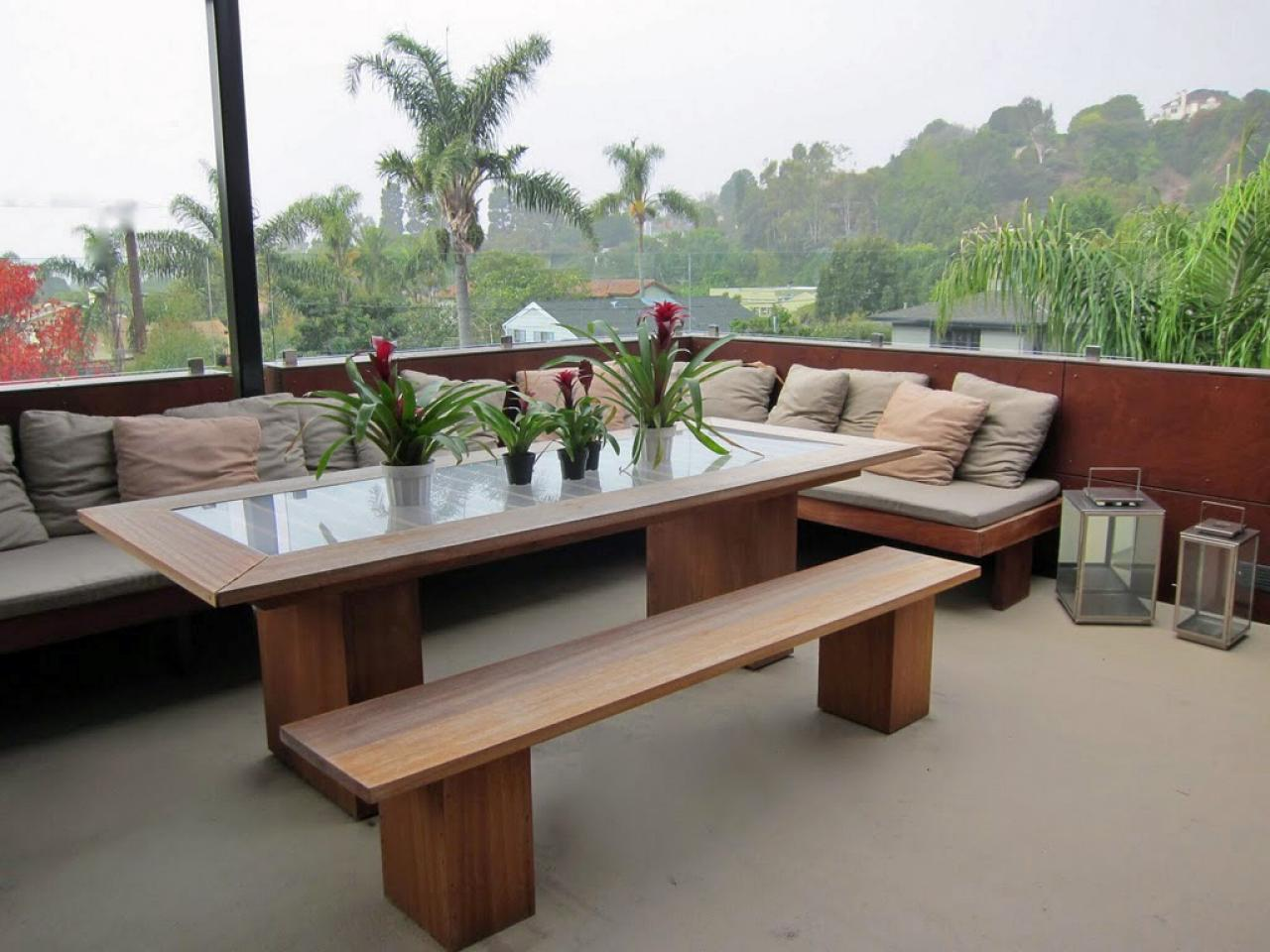 outdoor dining area photo - 1
