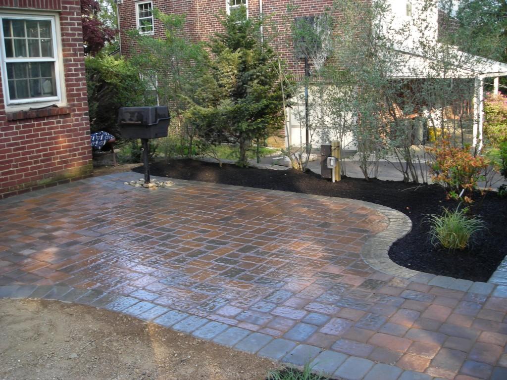 pavers for backyard photo - 1