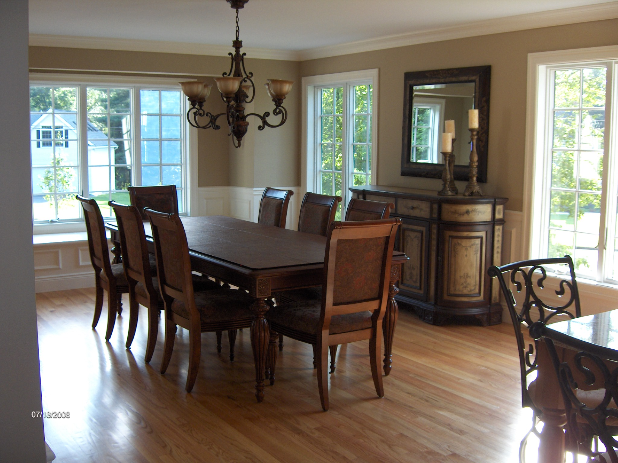 photos of dining rooms photo - 1