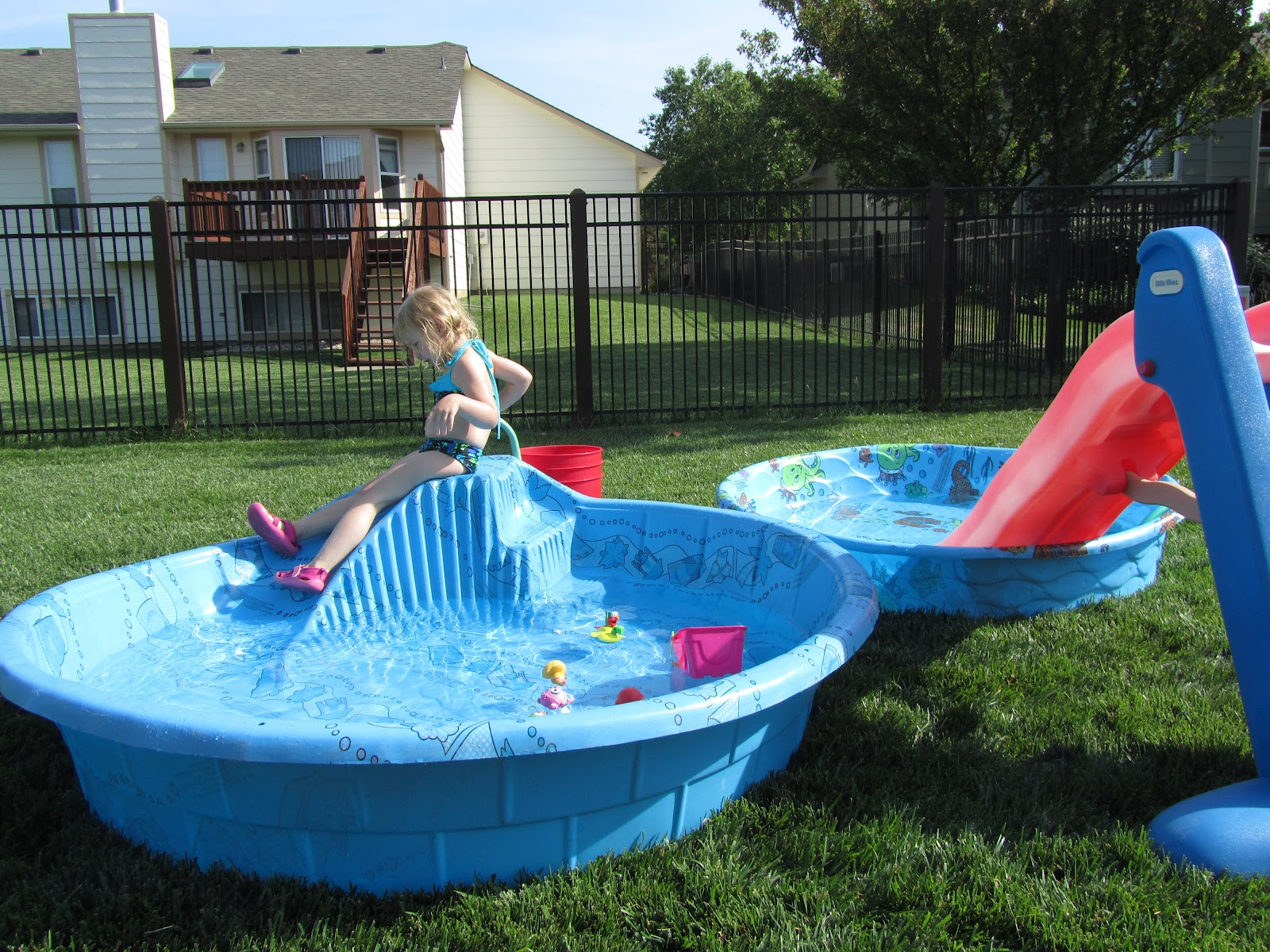 pictures of backyard pools