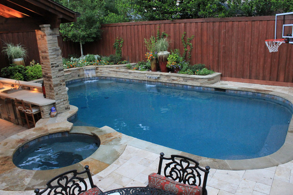 pictures of backyard pools photo - 2