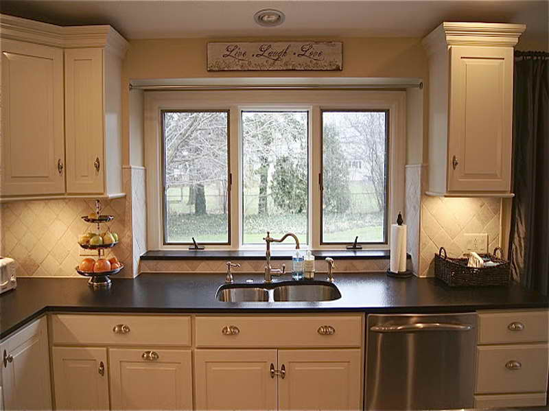 pictures of small kitchens makeovers photo - 1