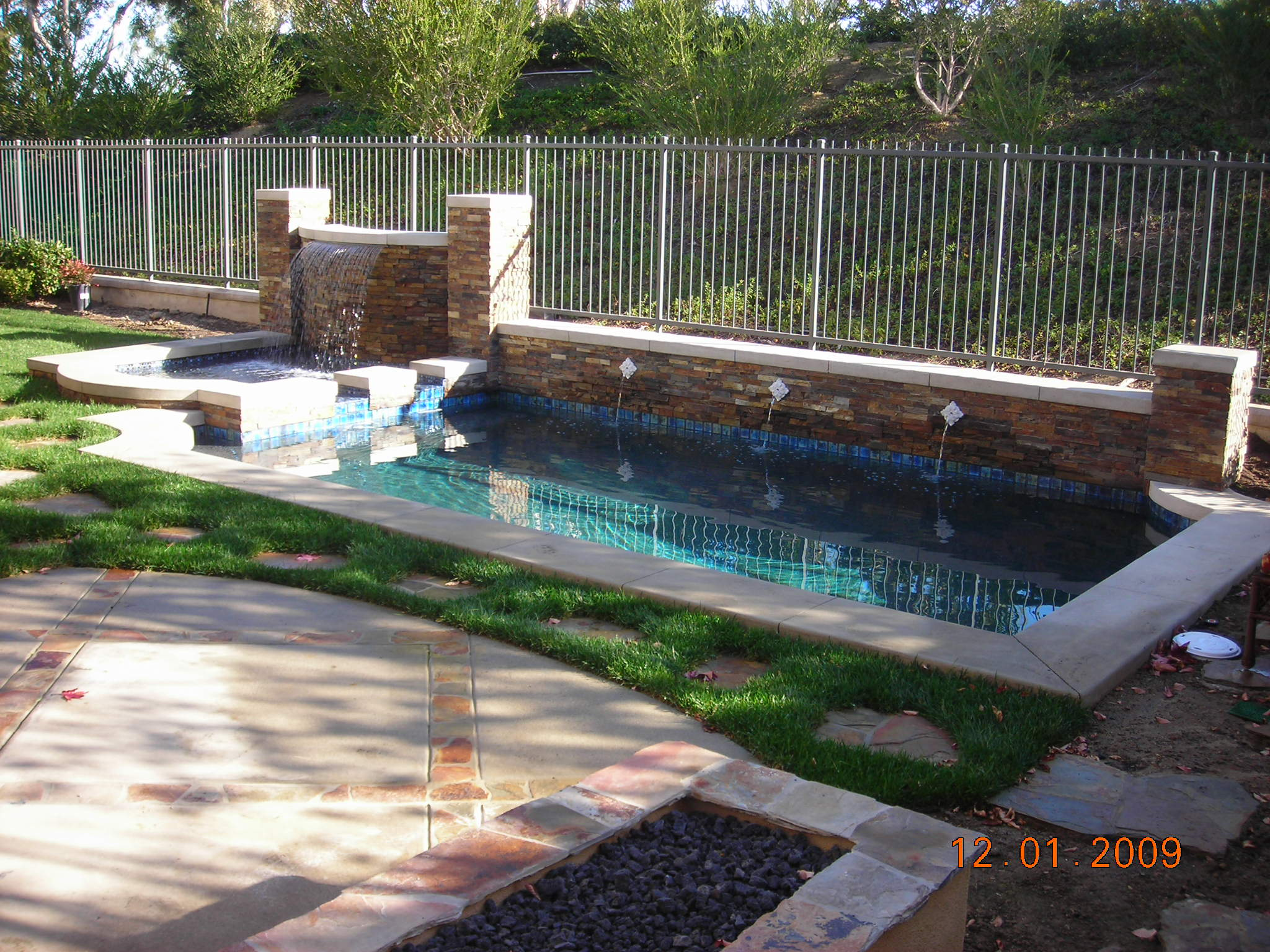 pools for backyards photo - 2
