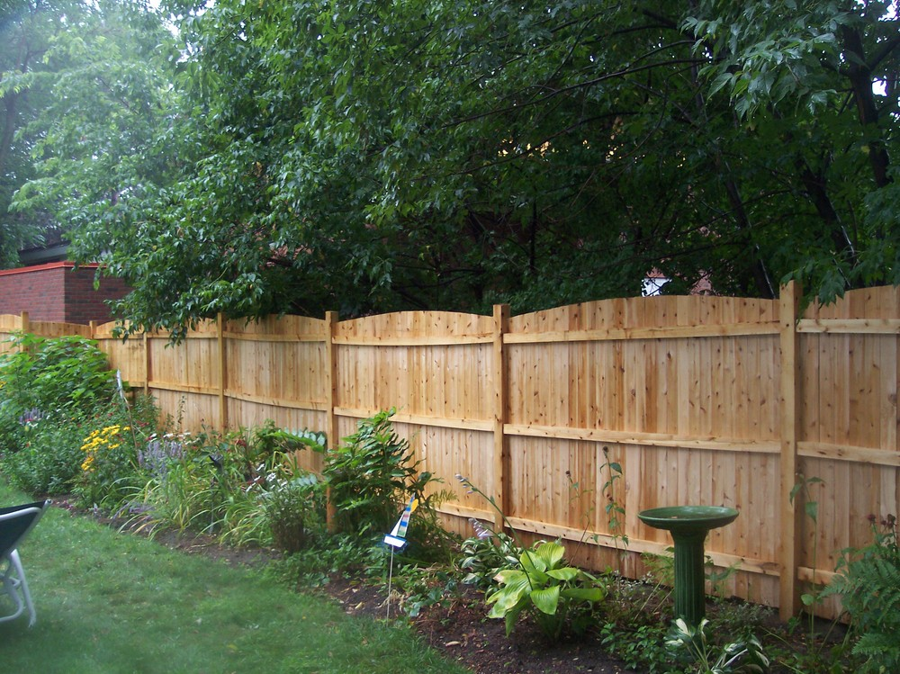 privacy fences for backyards photo - 1