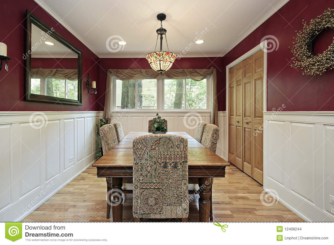 red dining room walls photo - 2