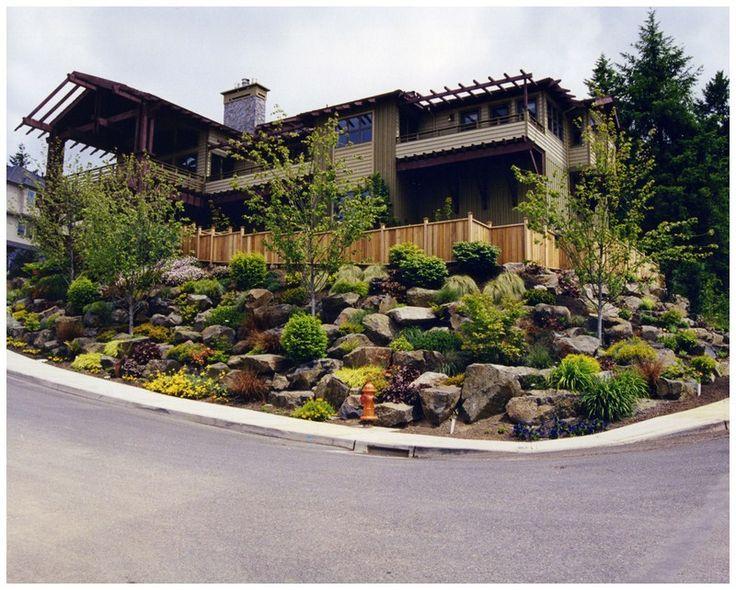 sloped backyard landscaping ideas photo - 2