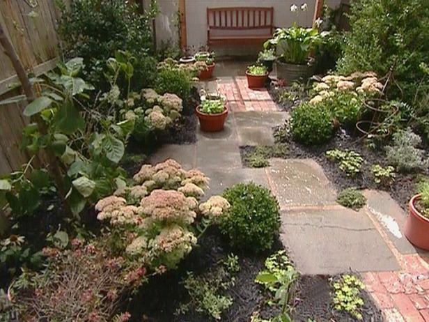 small backyard design ideas photo - 1