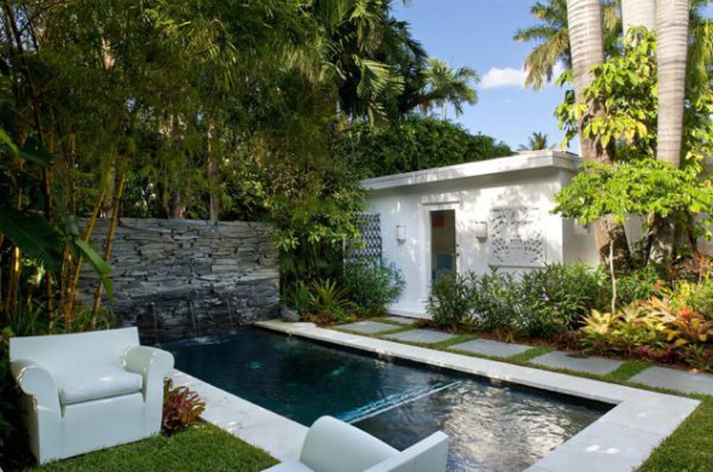 small backyard pool designs photo - 1