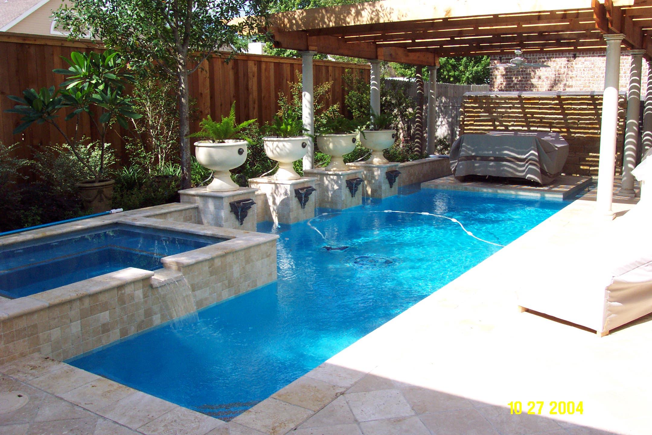 small backyard pools photo - 2