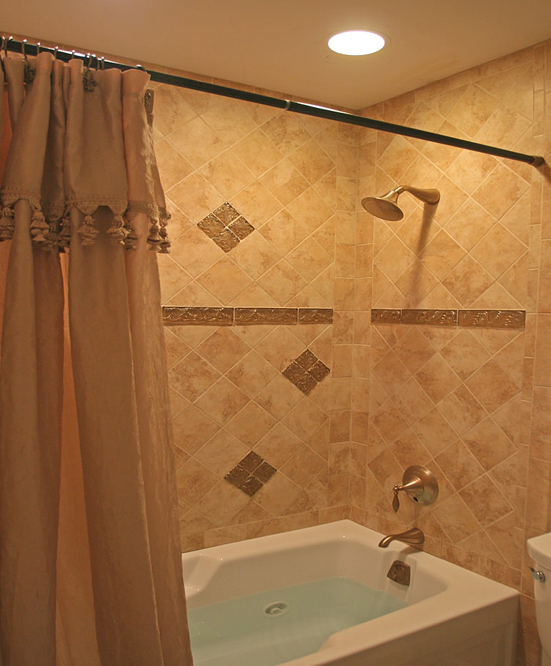 small bathroom remodels photo - 1