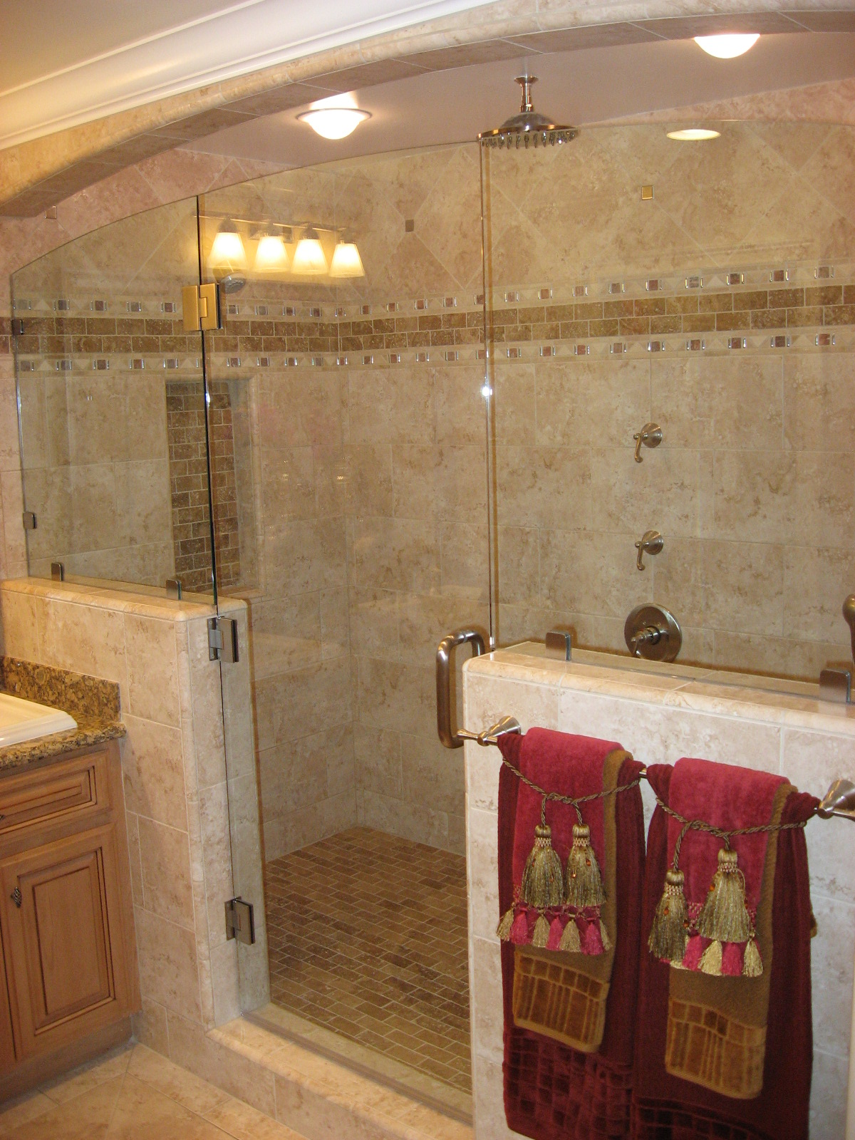 small bathroom shower tile ideas photo - 1