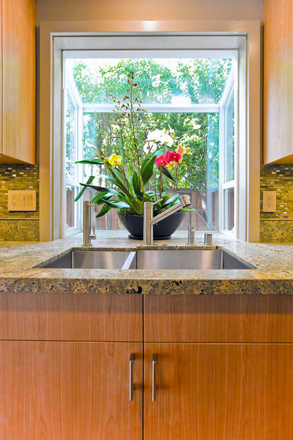 small bay window for kitchen photo - 2