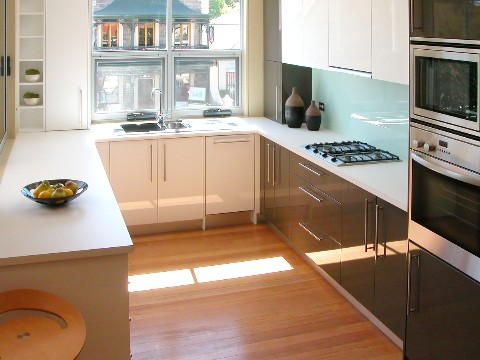 small contemporary kitchen - large and beautiful photos. photo to