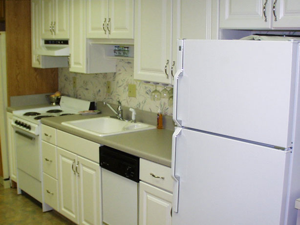 small galley kitchen design layouts photo - 2
