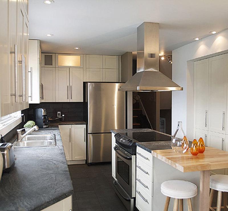 small galley kitchen layout photo - 2