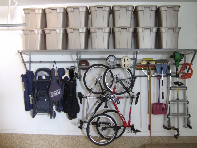 small garage organization photo - 1