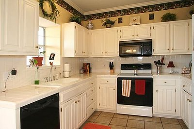 small kitchen makeovers on a budget photo - 1