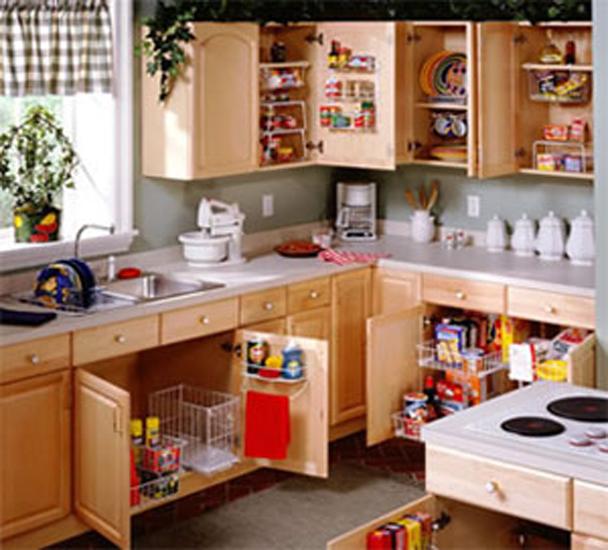 organizing small kitchen cabinets,