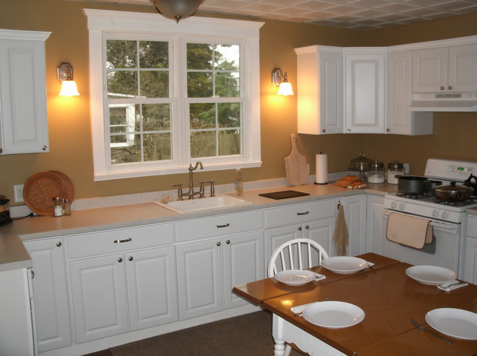 Small kitchen renovation cost - large