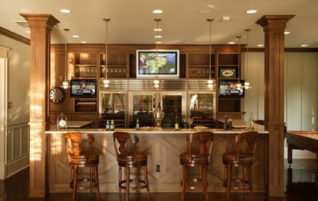 Small kitchen table with bar stools - large and beautiful
