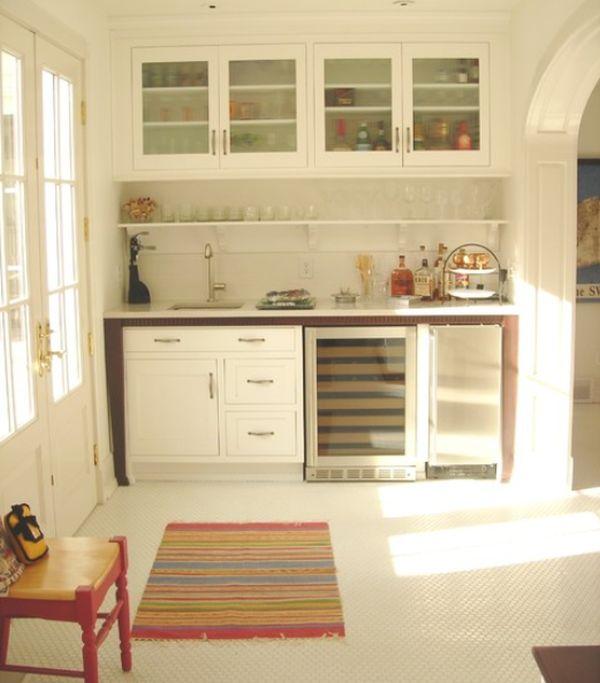 small kitchenette photo - 2