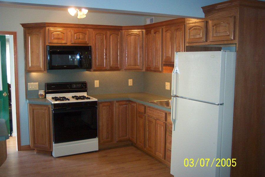 small l shaped kitchen photo - 1