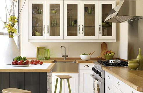 small space kitchen design photo - 1