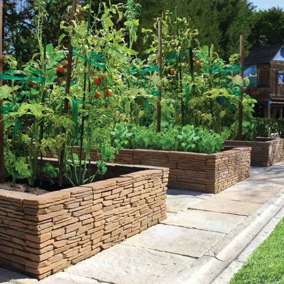 stone backyard landscaping photo - 2